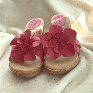 BOC flower sandals